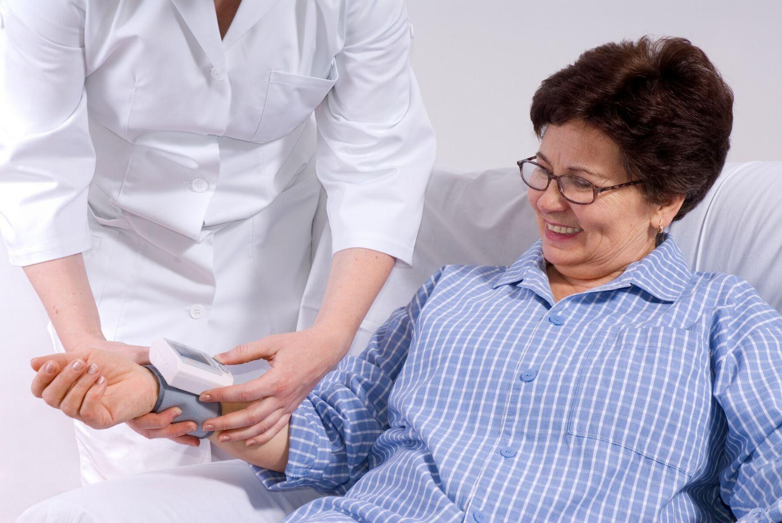 Dénutrition de la personne âgée : facteurs et signes précurseurs | Cap Retraite