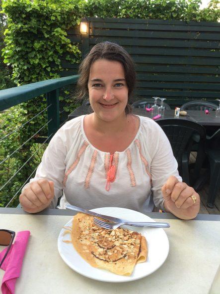 Véronique Genest : Comment elle a fait perdre 60 kg à son fils ! - France Dimanche