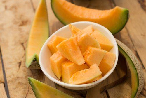 8 fruits qui font mincir !