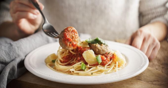 Les spaghettis sont-ils bons pour perdre du poids? - Guide Recettes Guide Recettes