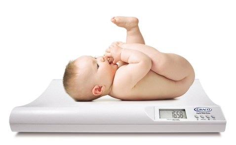 Faciliter le congé du nouveau-né à terme et en santé