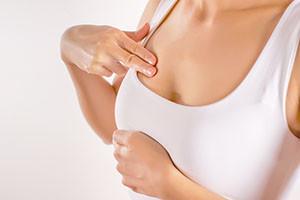 7 raisons qui expliquent les douleurs aux seins