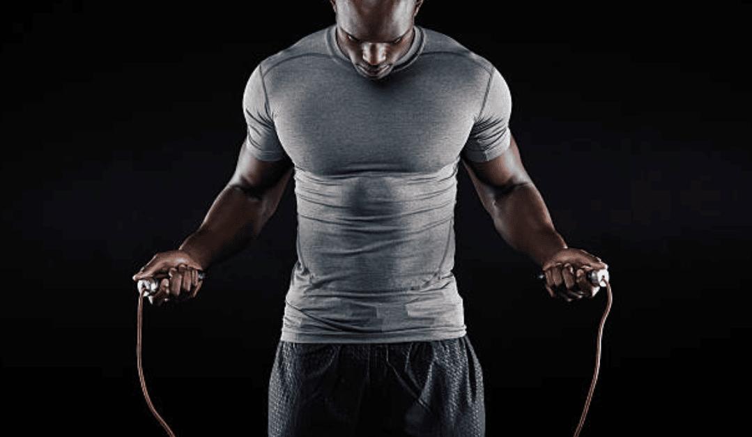 La corde à sauter fait-elle maigrir ? Combien de fois par semaine pour progresser ?