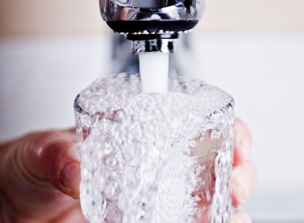 Quand boire de l'eau fait perdre du poids…