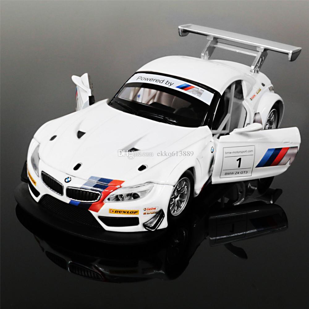 Audi TTS Roadster, BMW Z4, Mercedes SLK, Porsche Boxster S: énergie solaire